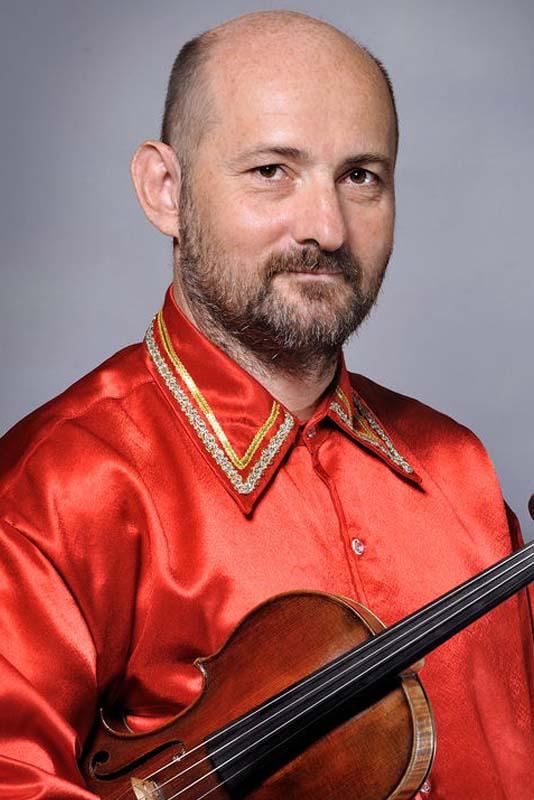 Artur Banaszkiewicz - skrzypce